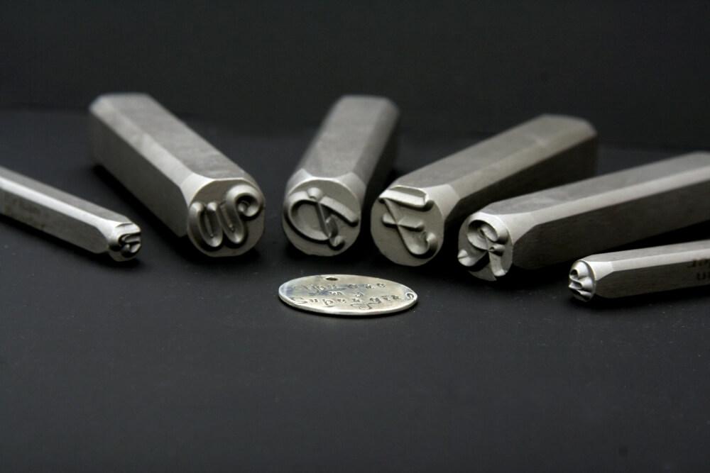 Cum se scrie pe banut de argint